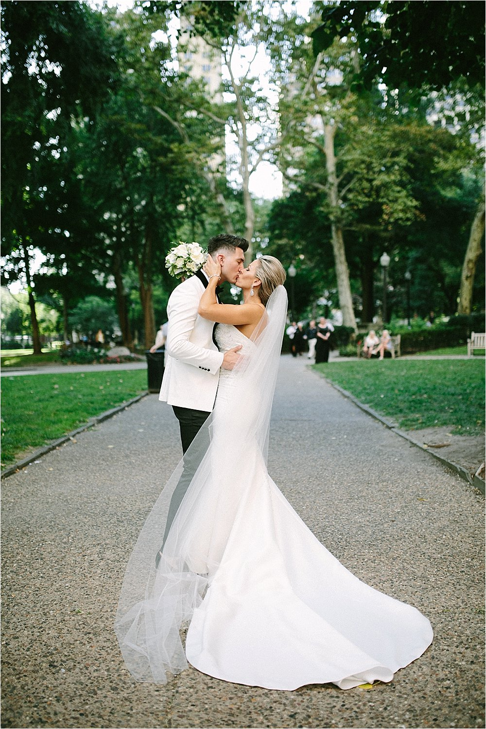 Melissa Cristian Rittenhouse Square Philadelphia wedding 0010