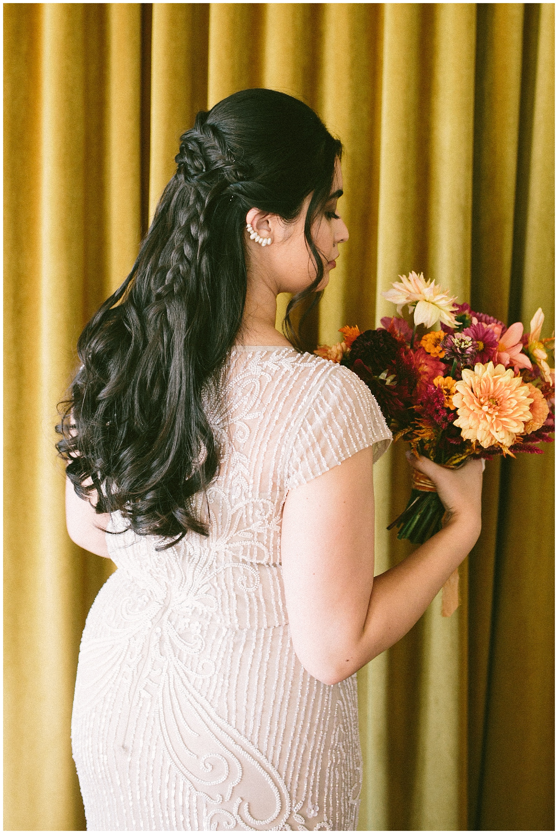 bridal braids autumnal bouquet